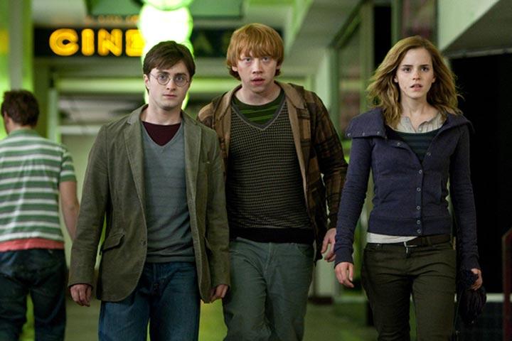Harry Potter 7 Prevails in Debut Weekend