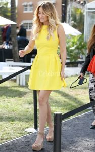Lauren Conrad wore the bright yellow Skaist Taylor Pamela Pleated Poplin Dress Cotton 24 Hour Fashion Show March 1 2013.Read more: http://www.celebritystyleguide.com/i-1-1-13423/celebrities/lauren-conrad/skaist-taylor-pamela-pleated-poplin-dress#ixzz2NWp4NVkn