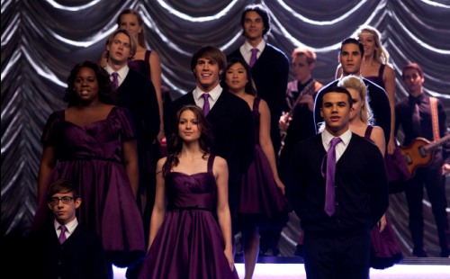 The New Directions perform at Regionals.