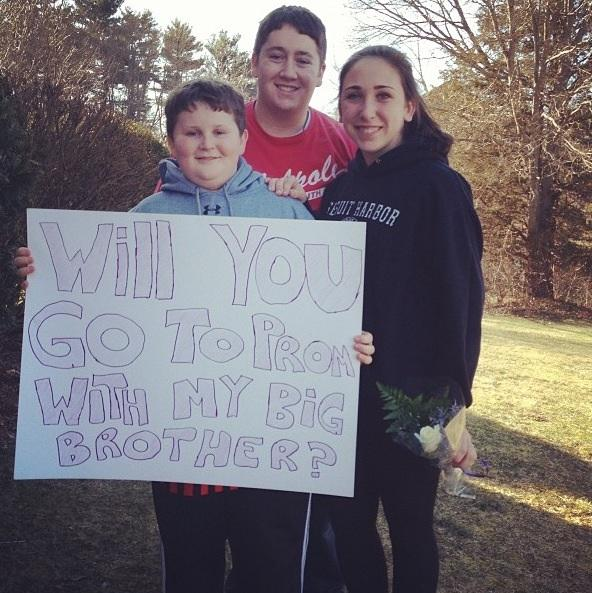 A Modern Prom Story: Girl Asks Boy to Prom