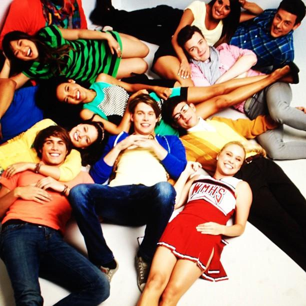 The Glee Cast poses for a Season 5 promotional photo.