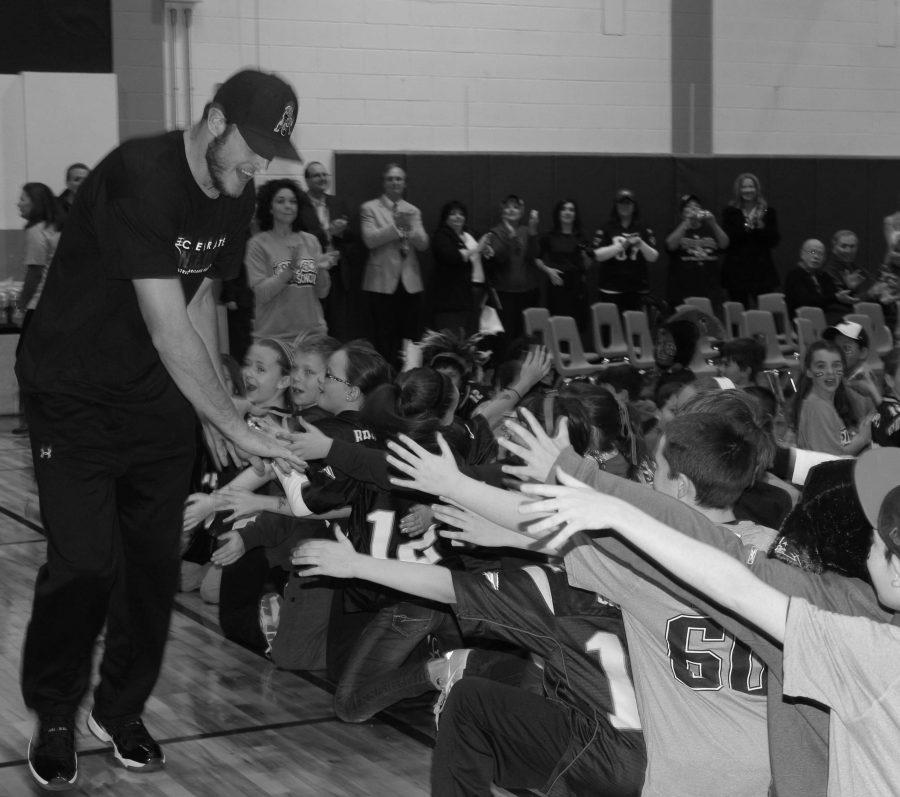 Elm Street Elementary School Receives NFL Play 60 Grant
