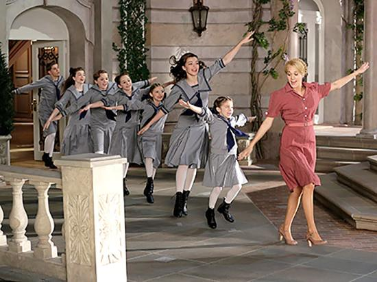 Carrie Underwood played Maria Von Trapp in the live performance of