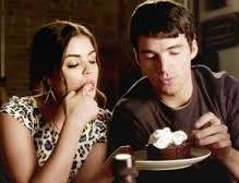 Aria resumes her relationship with Ezra, despite warnings from ex-boyfriend, Jake.
