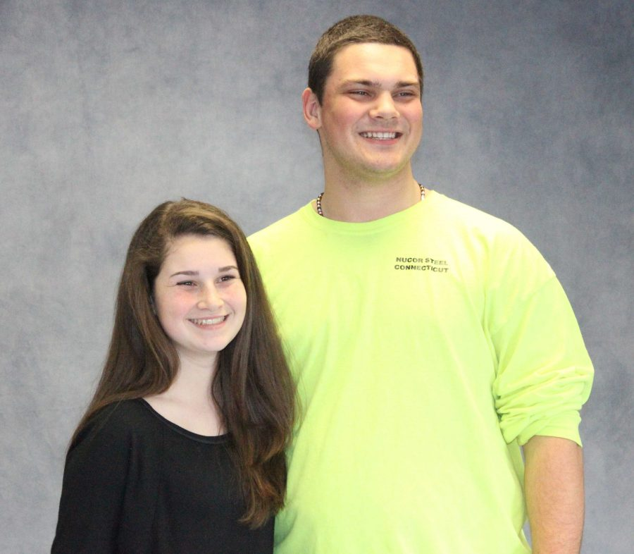 Seniors Kayla Flynn and Rob Lederman pose for a superlative yearbook photo.