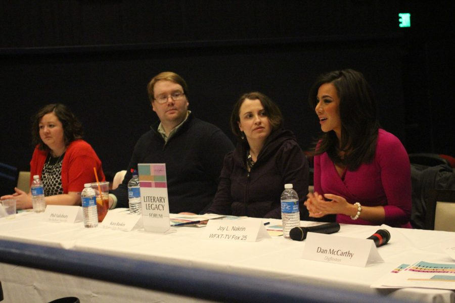 Professional Journalists speak at Legacy Place.