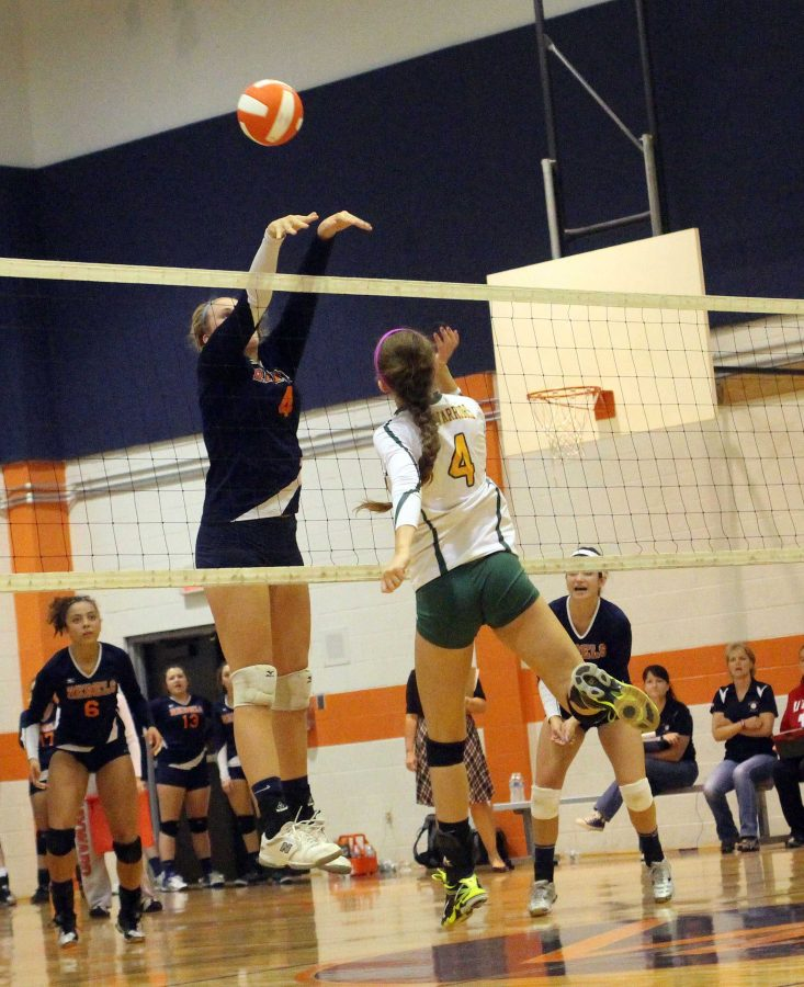 Rebel Volleyball Improves to 5-3 with Win over Warriors