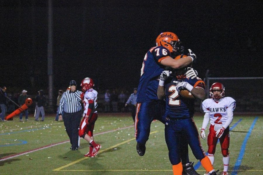 Walpole Football Conquers Milford, 41-14 (Gallery)