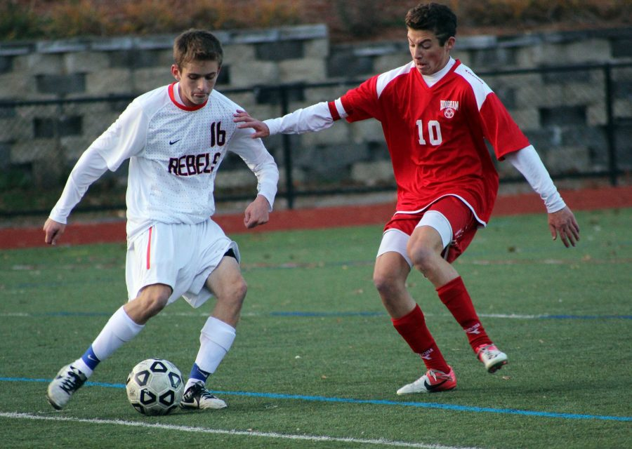 Boys Soccer Falls to Hingham in Thrilling Quarter Final Game