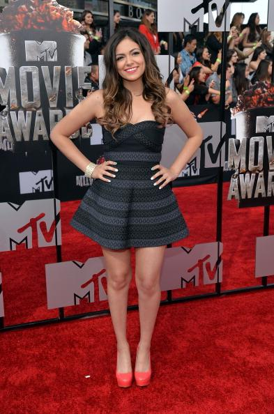 Youtube Star Bethany Mota Poses on Red Carpet