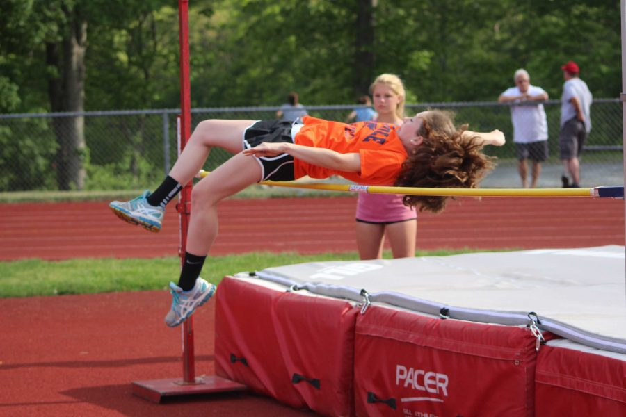 Seventh grader clears 3'10