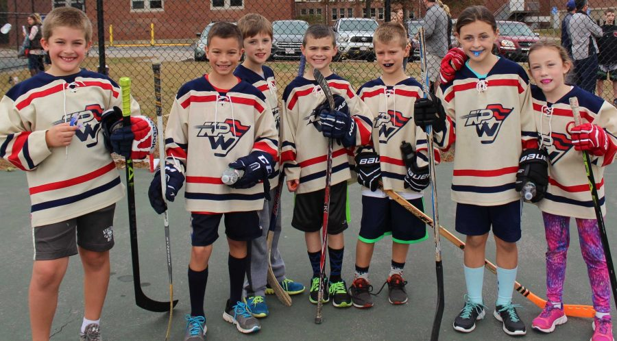 Boys Hockey Team Hosts Youth Street Hockey Fundraiser