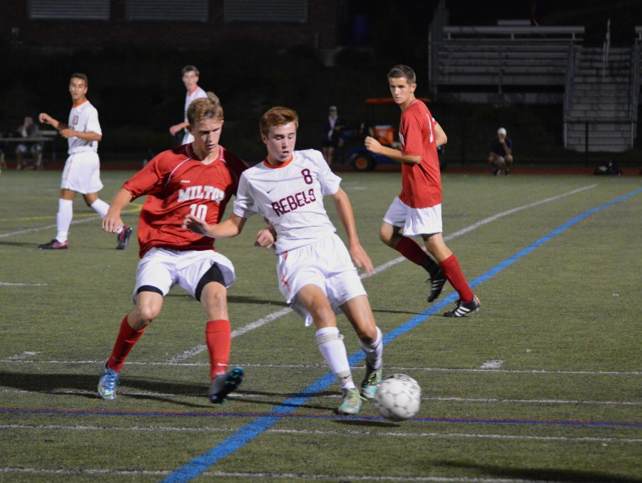 Walpole Boys Soccer Remains Undefeated through Four Games