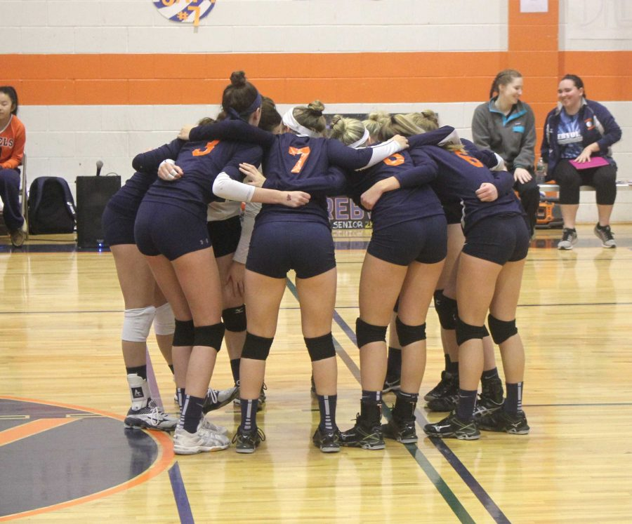 Gallery: Walpole Girls Volleyball Beats Norwood for Herget Championship