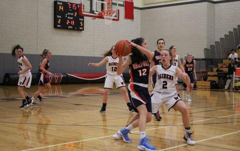 Girls Basketball Aims For Postseason