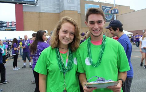 Walpole Students Volunteer at Alzheimer's Walk