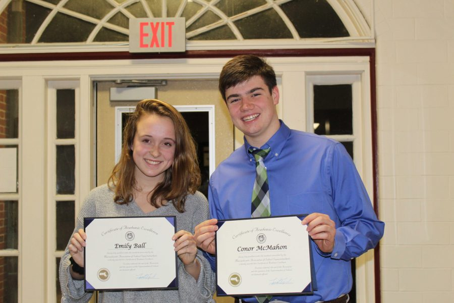 Walpole Seniors Receive M.A.S.S. Certificates of Excellence