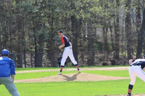 Walpole Baseball defeats Braintree in first round of Super 8