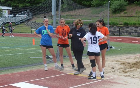 Middle School Track Prepares For Upcoming Meets