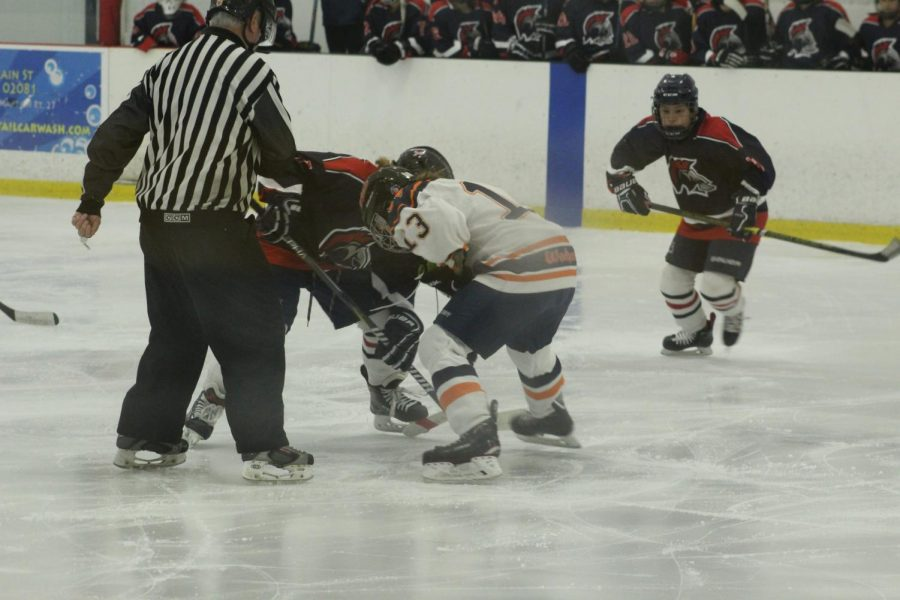 Walpole+Girls+Hockey+Defeats+Brookline+4-2