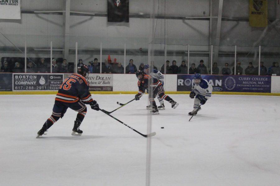 Boys%27+Hockey+Defeats+Braintree+In+Round+One+Of+Playoffs