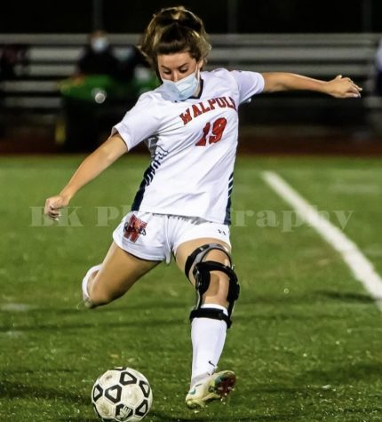 Kaelyn Briscoe Commits to Emmanuel College for DIII Soccer